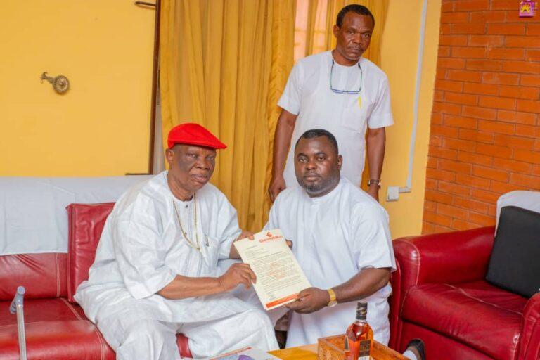 Delta Traditional Council Chair, Obi of Owa eulogises GbaramatuVoice, Tompolo